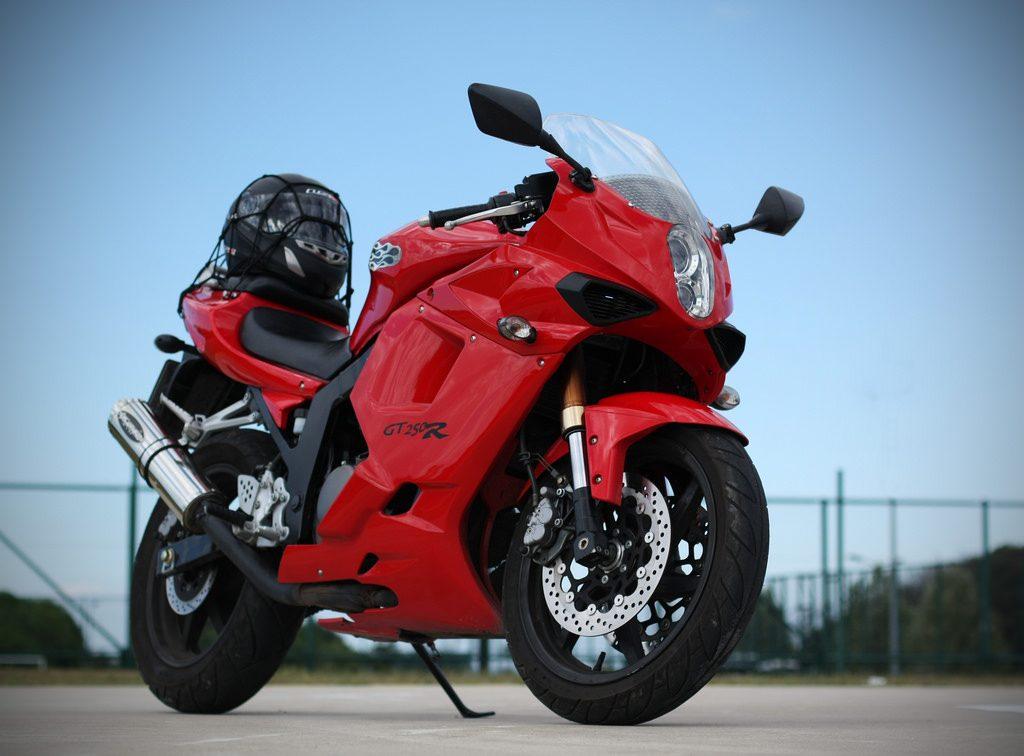sports bike under 5 lakh