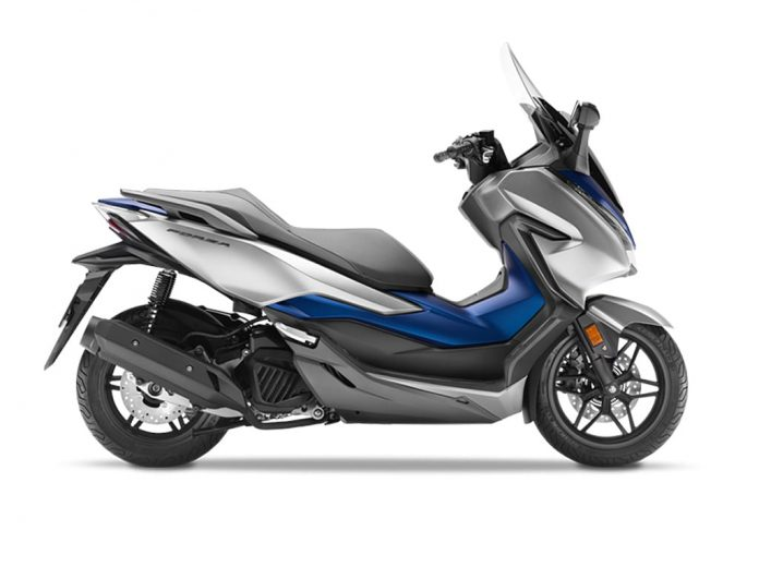 The Honda Maxi Scooter, Forza 300 is expected to have a price around Rs. 2.5 Lakh - 3 Lakh.