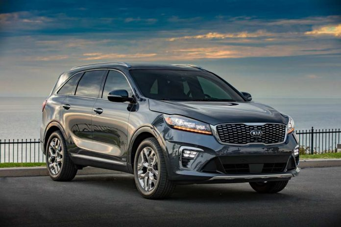 Kia Sorento SUV India Reveals the Engine Details and Other Specs.