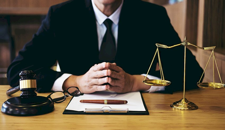 Understanding the Cost Structure of Criminal Lawyers - Reviews on Top