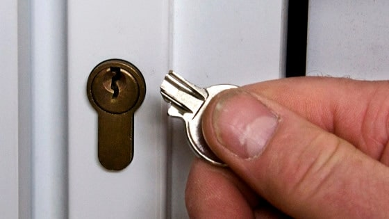 Get Broken Key Out of Lock