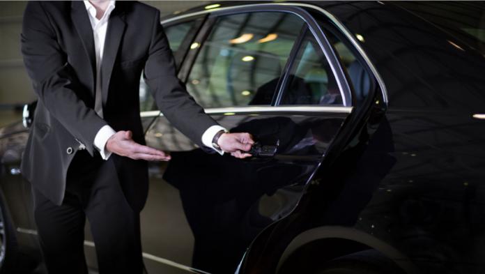 Hiring-a-Luxury-Chauffeur-Service